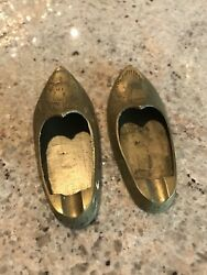 """Small Vintage Pair 3.5"""" Brass Knick Knacks Ashtrays Form Of Shoes From India"""