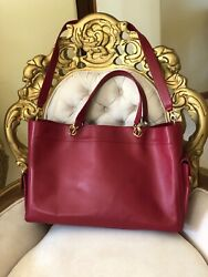 Authentic Caviar Grand Shopping Tote Shoulder Bag Leather Two Handles Red