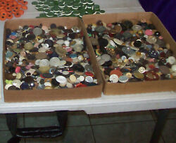 Vintage 5 Lbs.lot Mix Plastic And House Dress Sewing Buttons Shank And Wholes
