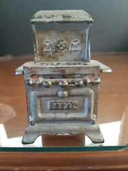 Antique Royal Cast Iron Miniature Cook Stove Doll House Salesman Sample 100 Year