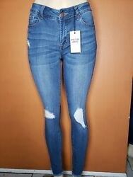 CUTE WOMEN MID RISE DISTRESSED FRAY HEM SKINNY  ENCORE JEANS  BRAND NEW $32.75