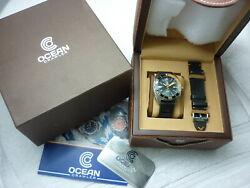 Ocean Crawler Diver Automatic 2000ft 600m Date Stainless Steel 468/500 Watch Box