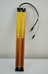 F3sj-a0443p14 / Safety Light Curtain / Omron
