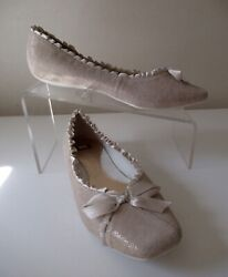 BC Off White Leather Flats Evening Weddings Parties Gorgeous 7.5 M $17.50