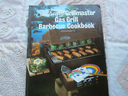 Sunbeam Grillmaster Gas Grill Barbeque Cookbook. Mary Jane Finsand. Hb.