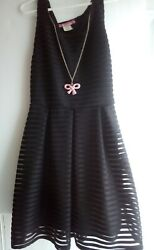 Just 2 Cute Size 14 Pre Owned in perfect condition Girl Dress Black $11.99