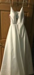 WHITE Ballgown by Pink of Alexia Designs Size 6 NEVER WORN Prom Pageant Wedding $189.00