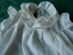 ANTIQUE IVORY COLOR SILK HANDMADE BABY DRESS IN GOOD CONDITION CIRCA.1920 $12.00