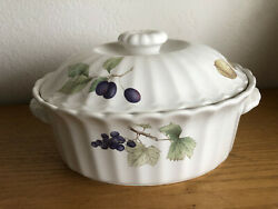 Maxima By Mikasa Belle Torre Covered Casserole Various Fruits 7 1/4 X 9 1/2