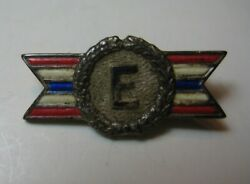 E Army Navy Production Award Sterling Pin Chrysler Wwii Ordnance Plant