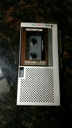Olympus Pearlcorder L200 Microcassette Recorder. For Repair Powers On Ff Rev Ok