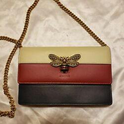 Nwot Queen Margaret Bee Crossbody Bag Leather - Pearl - Gold Chain