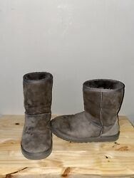 Ugg Classic Gray Short Boots Size 8