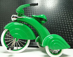 Too Small for Child to Ride 1930 Tricycle Trike Vintage Rare Classic Metal Model $99.00
