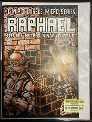 Raphael 1 Cbcs Raw Grade 8.5 Signed By Stephen Amell 1st Appearance Casey Jones