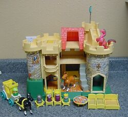 Vintage Fisher Price Little People Play Family Castle 993 Pink Dragon King