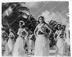 Crp-33615 South Pacific Islands Documentary Native Girls Dancing On The Beach Fi
