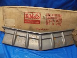 Nos 1951 Ford Center Upper Grill Assembly 1a-8363 Fomoco Flathead Shoebox
