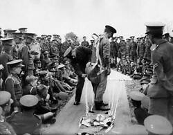 Raf Instructors Demonstrating Air Force Parachutes To Boys 1937 Old Photo