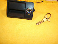 Mercedes Early W126 Front Dash Glove Box Oem 1 Locks / Handle And Working Mb 1 Key