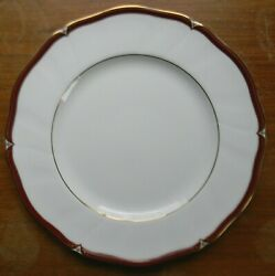 Wedgwood Empress Ruby 10.75 Dinner Plate England Discontinued Very Good