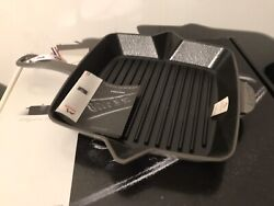 """New In Box Staub Cast Iron 10""""grill Graphite French France"""