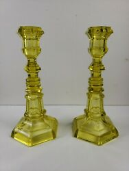 Pair Of American Canary Yellow Flint Glass Candlestick Boston And Sandwich Glass