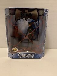 SDCC Catwoman Batman Red Statue Wizard World 2005