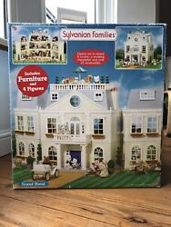 Vintage Sylvanian Families Grand Hotel Mansion House Boxed Calico Critters