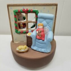 House Of Lloyd 1988 Ceramic Christmas Music Box Tune Santa Is Coming To Town