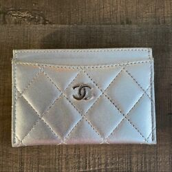 Metallic Silver Lambskin Quilted Cc Card Holder