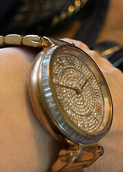 Crystals Large 38 Mm Face Watch 111603