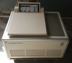 Sigma 6-10 Centrifuge With Rotor And Set Of Accessories