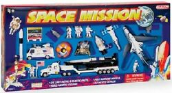 Realtoy 38147 Space Shuttle Die Cast Playset Set Of 20