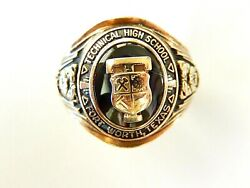 Vintage Heavy 1946 Haltoms Solid 10k Yellow Gold Class Ring With Great Detail