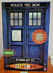 The Tenth 10 Doctor Who Ten Figure Gift Set Series 3 Large Tardis Shaped Box
