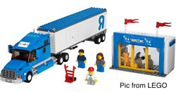 Lego Town City 7848 Toys R Us Truck Set
