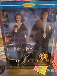 the X Files Barbie And Ken Dolls 1998 Dana Scully And Fox Mulderfight The Future