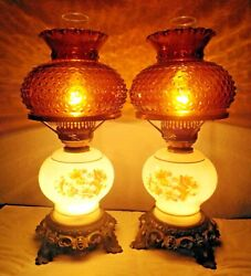 Gwtw A Pair Of Vintage 3-way Milk And Amber Glass Floral Display Hurricane Lamps