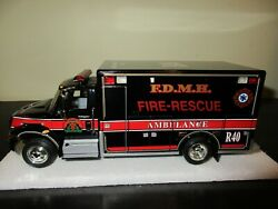 First Gear- Mount Horeb International With Ems / Rescue Body 1/34 18-3846 New