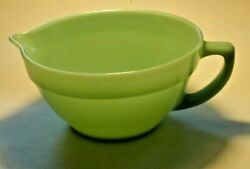 Vintage Jadeite Fire King Oven Ware Green Mixing Batter Bowl Pouring Spout