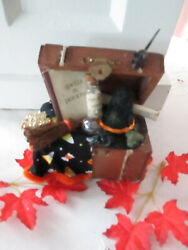 Handcrafted Halloween Accessory Witches Trunk Great W/ Byers Choice New St-cmt