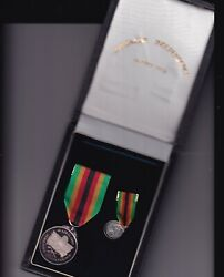 Zimbabwe Independence Medal 1980 Silver Full Size And Miniature Cased 250 Made