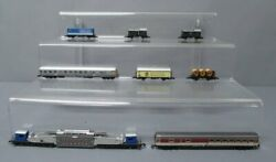 Assorted Marklin Z Scale Freight And Passenger Cars [10]