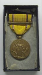 Vintage Ww Ii American Defense Medal In Box Foriegn Service Bar