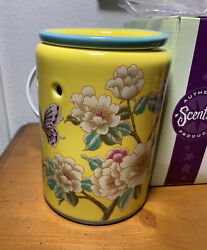 Madame Butterfly Yellow Floral Scentsy Premium Full Size Warmer --- New
