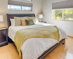 Restoration Hardware Queen Bed And 2 Night Stands