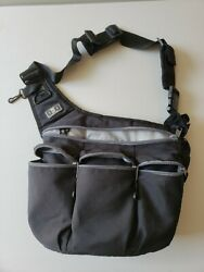 Diaper Dude Messenger Diaper Bag for Dads Black amp; Gray Zippers w changing pad $19.99