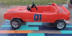 """Working Dixie Horn And Reving 1982 Dukes Of Hazzard """"general Lee"""" Coleco Pedal Car"""
