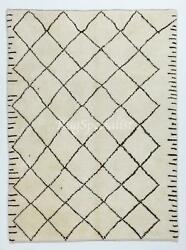 Moroccan Azilal Style Berber Rug Made Of Natural Ivory And Brown Wool